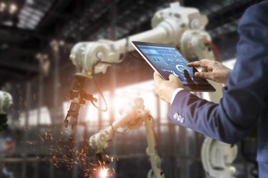 Usinagem com robôs: como funciona e quais as vantagens